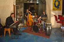 live music at sancho panza wine bistro and jazz club restaurant in cabo san lucas, mexico