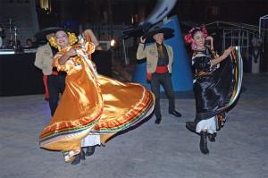 folckloric_dancers